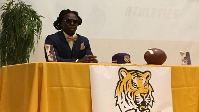 Lehigh four-star running back Chris Curry signed with LSU on Wednesday in a ceremony at the school.