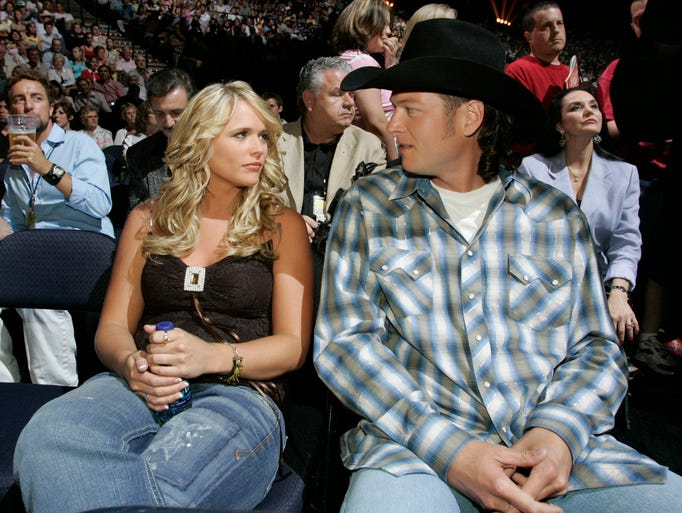 blake dating lambert miranda shelton