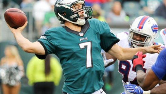 Eagles quarterback Sam Bradford looks deep Sunday in