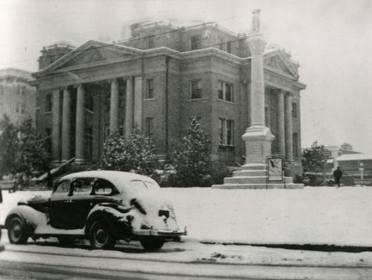 This photo shows the old Alexandria City Hall after
