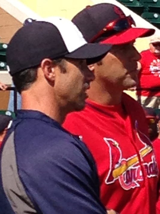 635621060317785801-ausmus-matheny-big.J-1-1-JR6L009L-L375266094