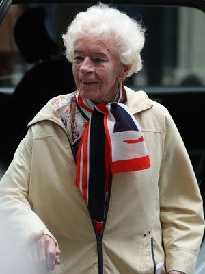 Mary Ellis, one of the last surviving World War II women pilots, arrives outside number 10 Downing Street in May 2018 for a reception hosted by British Prime Minister Theresa May.