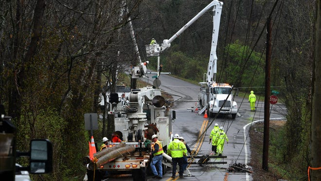 A severe thunderstorm moved through Knoxville Wednesday, Mar. 1, 2017 causing trees to fall across power lines. Several KUB crews were working to restore power in the McDonald Rd area before noon.