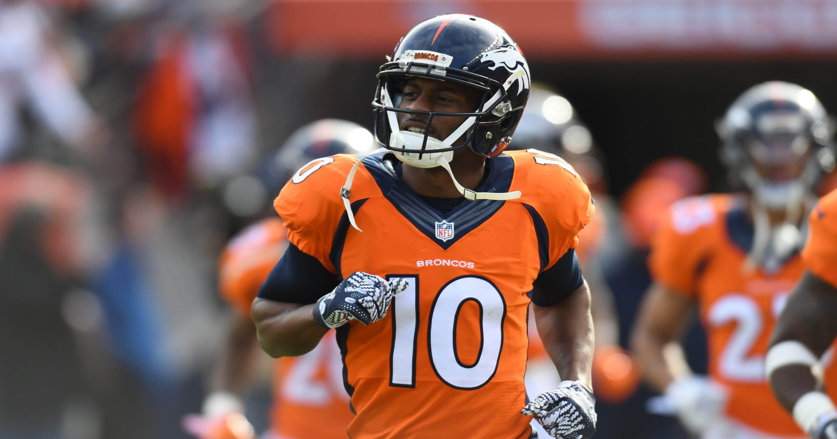 Broncos' Emmanuel Sanders involved in car accident