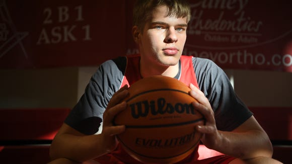 At 6-foot-9, Hendersonville junior basketball player Ben Beeker has drawn interest from college basketball programs.