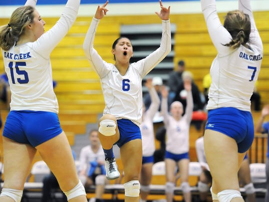Girls Volleyball: Oak Creek