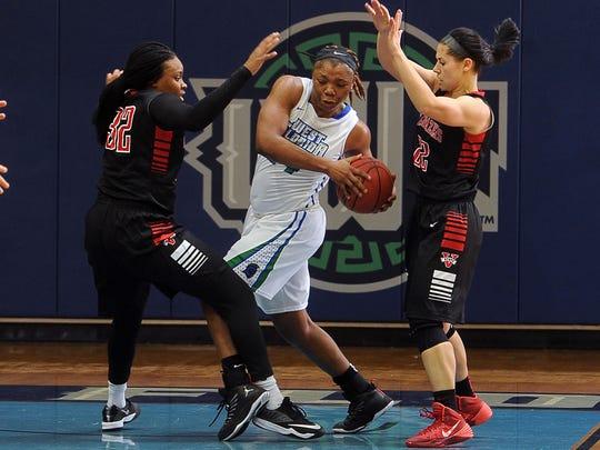 UWF Basketball 3