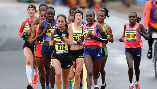 Former Arizona State All-America Desiree Linden finished fourth Monday at the 119th Boston Marathon.