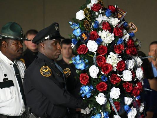 636620869932231789-Pine-Belt-Police-Memorial-2.jpg