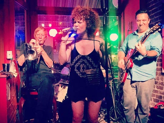 Garnet & Soul lights up the night from 7 to 10 p.m. Friday at W XYZ Bar in Aloft Hotel.
