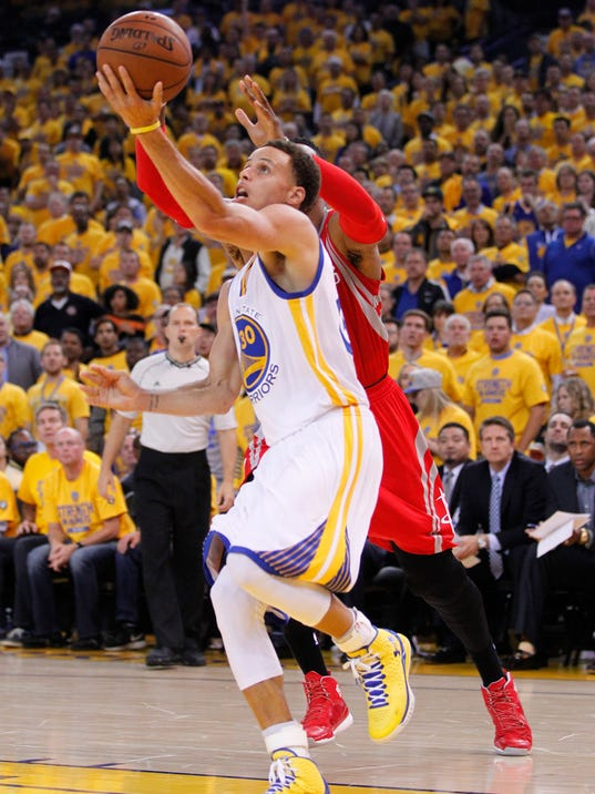 Warriors stave off Rockets to take 2-0 series lead