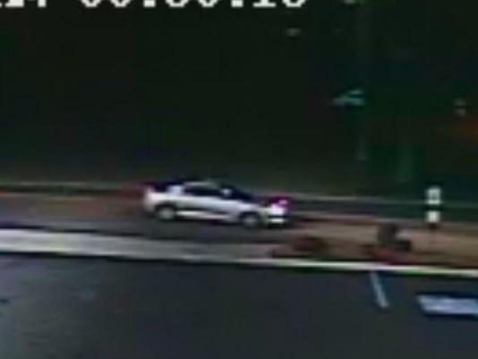 Suspect Vehicle At Americas Best Robbery.jpg