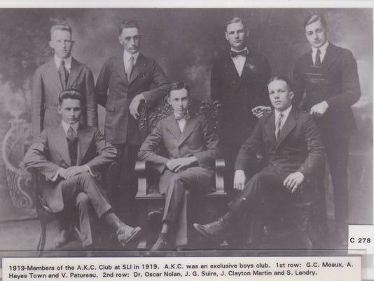AKC club at SLI  1919.jpg