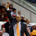 Volquest.com reports Cuonzo Martin has withdrawn his name from Marquette search.