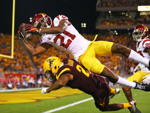 Southern California Trojans wide receiver Tyler Vaughns