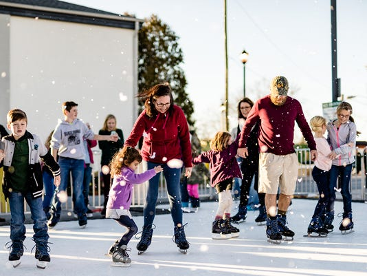 Holiday-Skating-07---CREDIT-Amplified-Media.jpg
