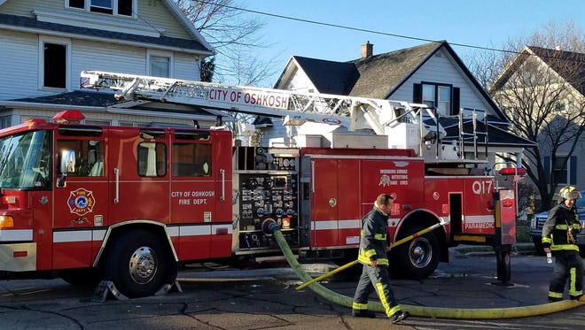 The Oshkosh Fire Department responds to a kitchen fire Thursday, Nov. 30, 2017, in the 1200 block of Ontario Street.