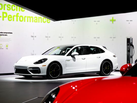 The 2018 Porsche Panamera Turbo S E-Hybrid at the Los