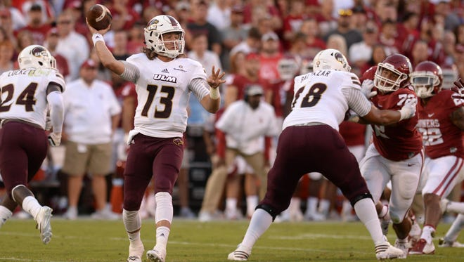 Smith (13) enters his junior season as the favorite to once again start at quarterback. A knee injury limited Smith during spring practice.