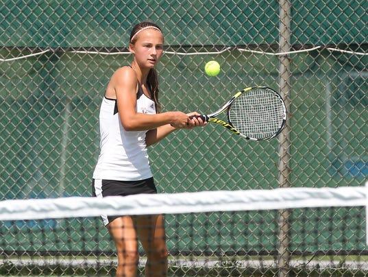 636091237362636663-LDN-VVB-091016-tennis-cc-palm-26.JPG