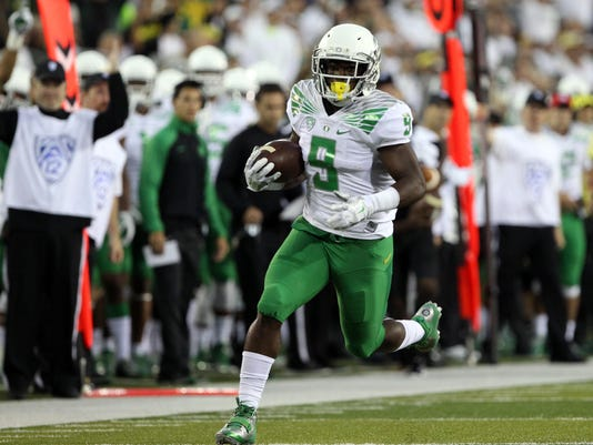 NCAA Football: South Dakota at Oregon