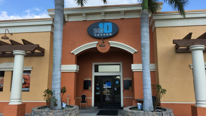 Big 10 Tavern in Cape Coral features homemade sliders, nachos, pizza and tots.