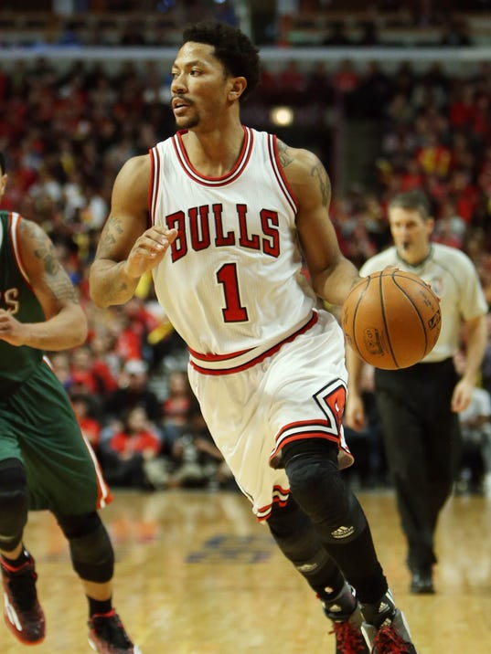 Rose returns to playoffs with vengeance for Bulls