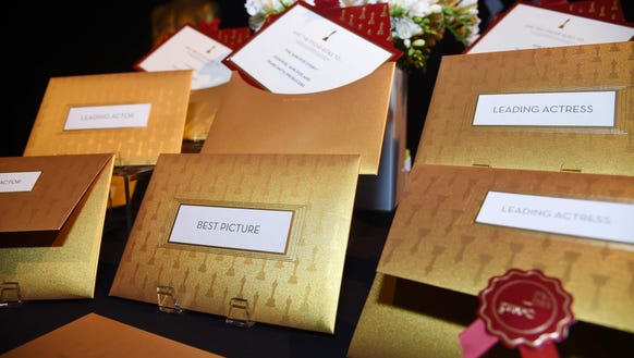 98525152 on envelopes used at academy awards