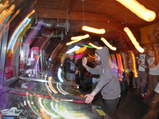Pinball-League-01.JPG