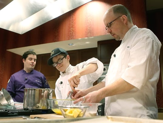 Wegmans shutters pittsford cooking school rochester for Food bar wegmans pittsford