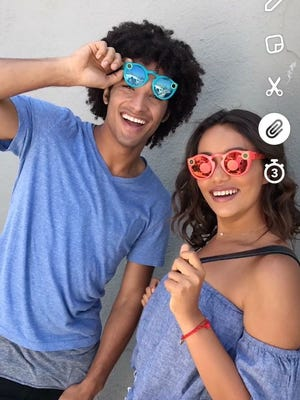 Snapchat's new update lets users add links to Snaps
