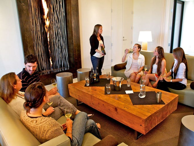 Enjoy wine tasting with friends in the Lindsay House
