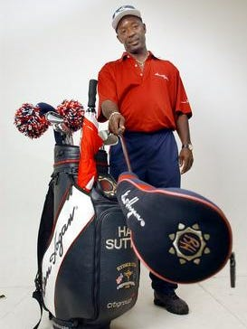 Former PGA caddie Freddie Burns will be inducted into the Ark-La-Tex Sports Museum of Champions on Saturday at the Shreveport Convention Center.