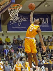 Tennessee guard Jordan Bowden dunks the ball against Chaminade in the 2016 Maui Invitational.