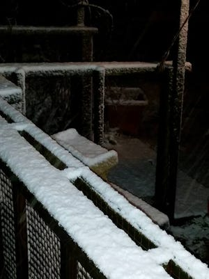 The National Weather Service in Memphis has received reports of snow in areas across West Tennessee.