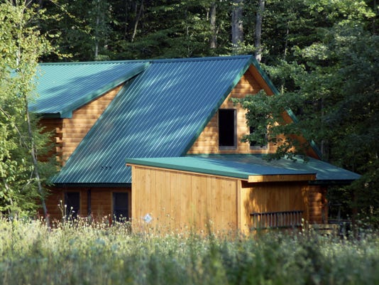 Many backwoods areas, like where this cabin lies, lack wi-fi service, and announcements on the web don't work.