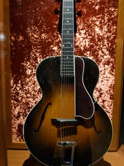 Maybelle Carter's 1928 Gibson L-5 archtop guitar was larger and louder than other guitars on the market.
