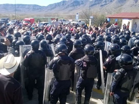 A thousand police officers were deployed Thursday to clear protesters blocking highways in Chihuahua state.