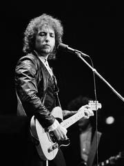 Bob Dylan returned to the concert tours with The Band
