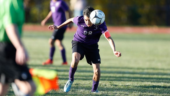 New Rochelle defeats Fairport 2-1 to claim the NYSPHSAA