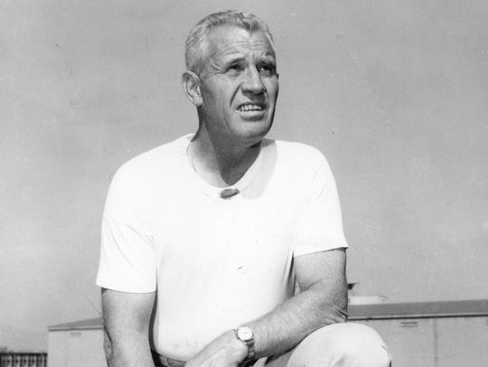 Former Oregon Ducks football coach Len Casanova.