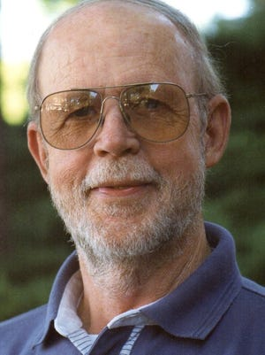 Robert (Bob) Thomas Muller, Sr., of Loveland died on May 29, 2015. He was born October 6, 1935, in Queens, New York, to George and Jane (Montgomery) Muller.