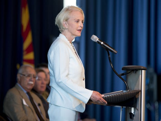 Backpage Com Phoenix Classified >> Cindy McCain and Sen. John McCain applaud Backpage seizure