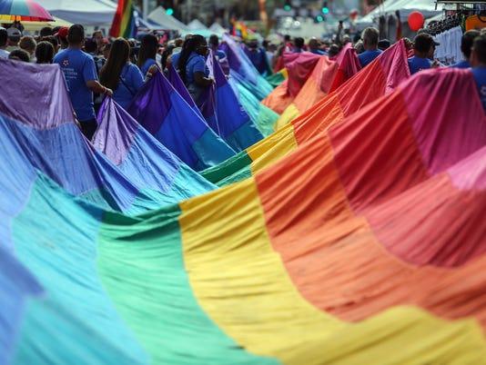 636455031616279205-pride-parade001.JPG