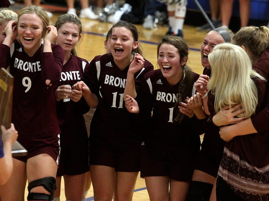 The Bronte volleyball team upset No. 1-ranked Water
