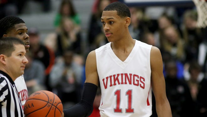 Princeton's Darius Bazley's decision to forgo college means he will be doing what he wants to do, making his own choices and living with them. He should have that right, Paul Daugherty writes.