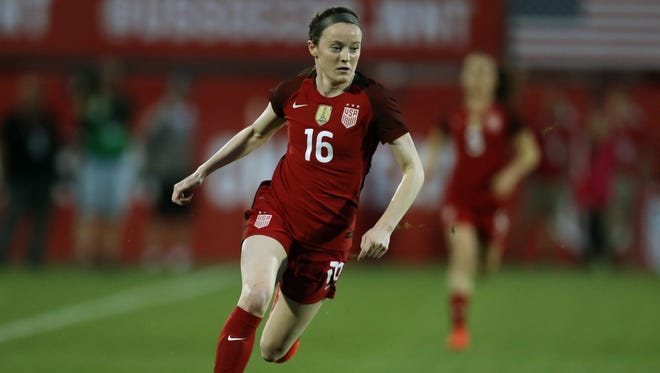 USA midfielder Rose Lavelle (16) controls the ball in the first half against Russia at Toyota Stadium on April 6.