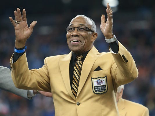 Detroit Lions Hall of Fame cornerback Lem Barney received his Hall of Fame  ring during halftime of the Lions game against the Chicago Bears f1da9033f