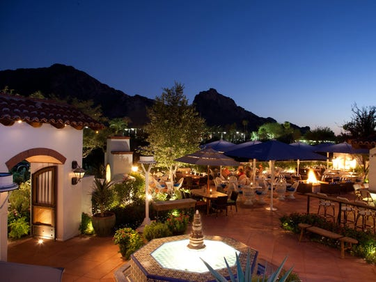Outside view of El Chorro in Paradise Valley.