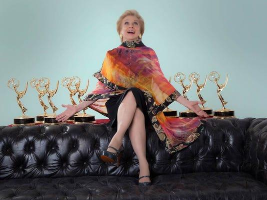 636076331203079526-Cloris-Emmy2.jpeg